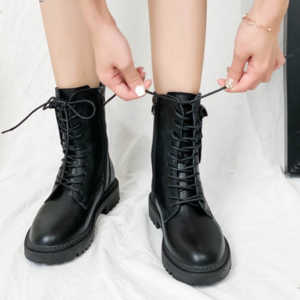 Dámské kožené vysoké boty se šněrováním