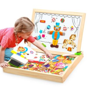 Magnetická tabulka s dřevěnými figurkami - 3D skládačka