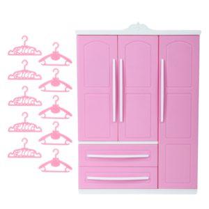 Krásná plastová růžová skříň se zrcadlem + 10 růžových ramínek pro panenku Barbie