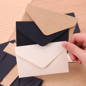 Krásné papírové dopisní obálky