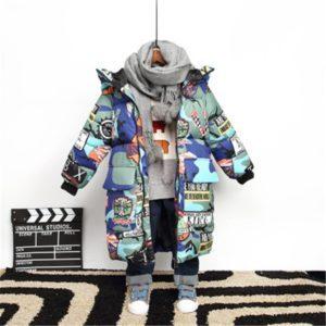 Dětská zimní bunda s motivem komixu