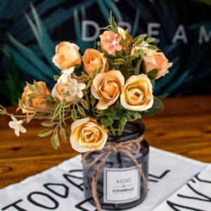 Nádherná dekorace ve stylu pugeru růžiček