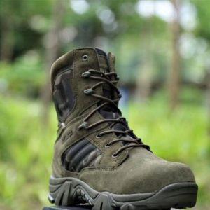 Pánské vysoké turistické voděodolné boty