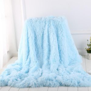 Plyšová super měkká deka na pohovku