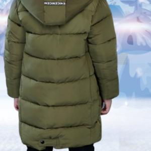 Chlapecká zimní parka s kapucí s kožešinou