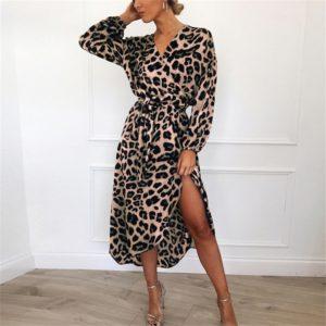 Luxusní dámské leopardí šaty s rozparkem   Kolekce 2021