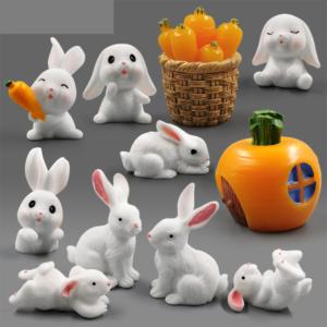 Keramické figurky velikonočních králíčků