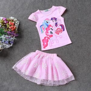 Krásná dívčí letní souprava - tričko a sukně